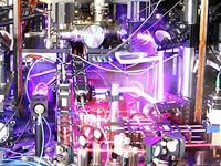 Mỹ lập kỷ lục chế tạo đồng hồ nguyên tử chính xác nhất thế giới