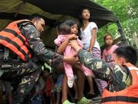 Philippines sơ tán người dân tránh bão Noul