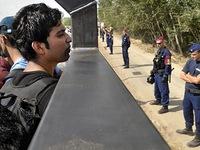 Hungary mở lại cửa khẩu biên giới với Serbia