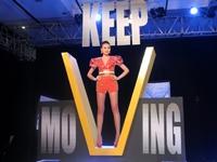 Host Thanh Hằng và gu thời trang ấn tượng ở Vietnam's Next Top Model 2015
