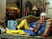 Lời khuyên tạo ấn tượng của Quý bà thời trang 93 tuổi Iris Apfel