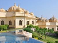 Choáng ngợp với khách sạn sang trọng nhất tại Ấn Độ