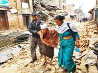 Công tác cứu hộ tại Nepal đang diễn ra khẩn trương