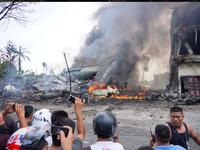 Hiện trường thảm khốc vụ tai nạn máy bay ở Indonesia