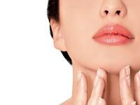 Làm thế nào để giảm dầu trên da mặt?