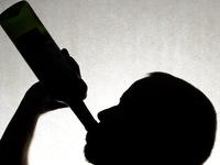 Ấn Độ: 35 người thiệt mạng vì uống rượu nhiễm độc