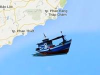 Không tìm thấy ngư dân mắc kẹt trong tàu chìm ở Bình Thuận