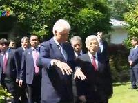 Tổng Bí thư thăm gia đình nguyên Tổng thống Bill Clinton