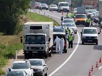 Áo: Bắt giữ nghi phạm vụ 71 người di cư chết trong xe tải