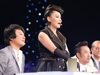 Vietnam Idol 2015 - Gala 7: Bích Ngọc khiến GK Thu Minh phải rời ghế nóng