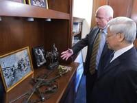 Thượng nghị sĩ John McCain ra tuyên bố về chuyến thăm của Tổng Bí thư