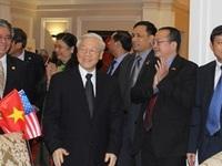Tổng Bí thư thăm Đại sứ quán Việt Nam tại Hoa Kỳ
