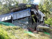 Xe tải lao xuống vực sâu, 4 người thiệt mạng tại chỗ