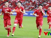 Chấm điểm U23 Việt Nam tại SEA Games 28: Huy Toàn xuất sắc hơn Công Phượng