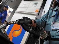 """Giá xăng dầu giảm mạnh, cước vận tải giảm """"nhỏ giọt"""""""