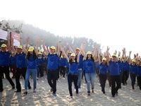 """Hơn 1.500 người tham gia chiến dịch """"Hãy làm sạch biển"""" tại Huế"""