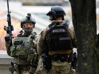 Cảnh sát Canada bắn hạ nghi phạm đánh bom liều chết