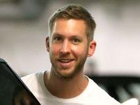 Calvin Harris cười rạng rỡ hậu chia tay Taylor Swift