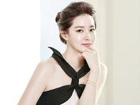 Lee Young Ae được ngợi ca vì khoản từ thiện khổng lồ