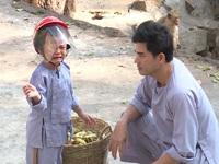 Bố ơi! Mình đi đâu thế? 3: Híp, Bell khóc thét vì bầy khỉ