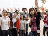 """Phanh phui chiêu trò của hướng dẫn viên du lịch """"chui"""" Trung Quốc"""
