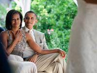 Những khoảnh khắc lãng mạn của vợ chồng Tổng thống Mỹ Barack Obama