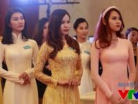 Hoa hậu Biển Việt Nam 2016 đeo vương miện đính 100 viên ngọc trai