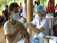 Bình Phước: Vì sao tỷ lệ tiêm chủng bạch hầu trong cộng đồng dân tộc thiểu số thấp?
