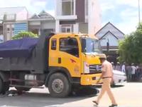 Xe ben quá tải lại tung hoành tại Quảng Nam