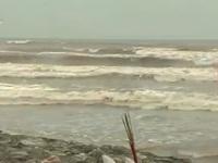 3 học sinh mất tích: Tìm kiếm gặp khó do sóng to gió lớn
