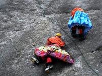 Phụ nữ Bolivia chưa trưởng thành nếu không leo đủ... 8 ngọn núi