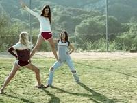 Bộ ảnh thời trang gần gũi gợi nhắc vẻ đẹp tuổi teen