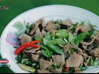 Khó quên hương vị trứng kiến xào thịt bò Campuchia