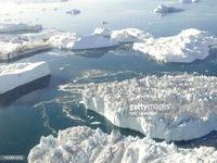 Bắc Cực mất khoảng 61.000 km2 băng tuyết mỗi ngày