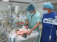 Khó có khả năng tách rời 2 bé song sinh dính liền ở Hà Giang