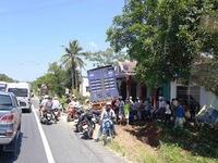 TT-Huế: Xe container đâm thẳng vào nhà dân