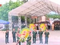 An táng hài cốt liệt sĩ quân tình nguyện và chuyên gia Việt Nam hy sinh tại Lào