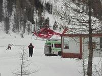 Lở tuyết nghiêm trọng tại Italy, 6 người thiệt mạng