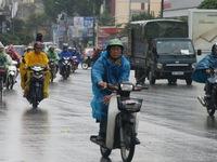 Ngày mai (4/6), Bắc Bộ xuất hiện mưa dông, chấm dứt nắng nóng
