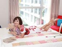 Ghé thăm căn hộ đa sắc màu của diễn viên Lan Phương