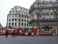 Pháp: Cháy lớn tại một khách sạn sang trọng ở Paris