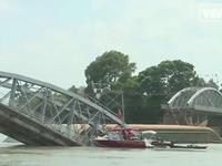 Vụ sập cầu Ghềnh: Không thu phí đổi, trả vé của hành khách đi tàu