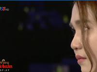 Ngọc Trinh bật khóc trên sóng truyền hình: Tôi thấy chua xót cho chính mình