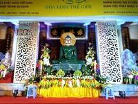 Tượng Phật ngọc lớn nhất thế giới rời Hà Nội