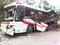 Khẩn trương khắc phục hậu quả vụ nổ xe khách tại Lào