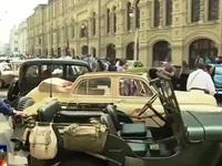 Diễu hành xe hơi cổ tái hiện không gian nước Nga Xô Viết