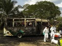 Cháy xe buýt ở Colombia, ít nhất 32 trẻ em thiệt mạng