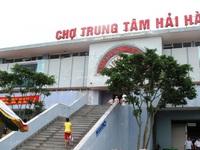 Tiểu thương bức xúc khi bị ép về chợ mới Hải Hà, Quảng Ninh