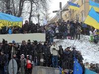 Tuyết rơi dày, người biểu tình Ukraine tiếp tục tuần hành