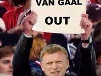 Ảnh chế thất bại đầu mùa của Man Utd: Có một David Moyes phiên bản mới?